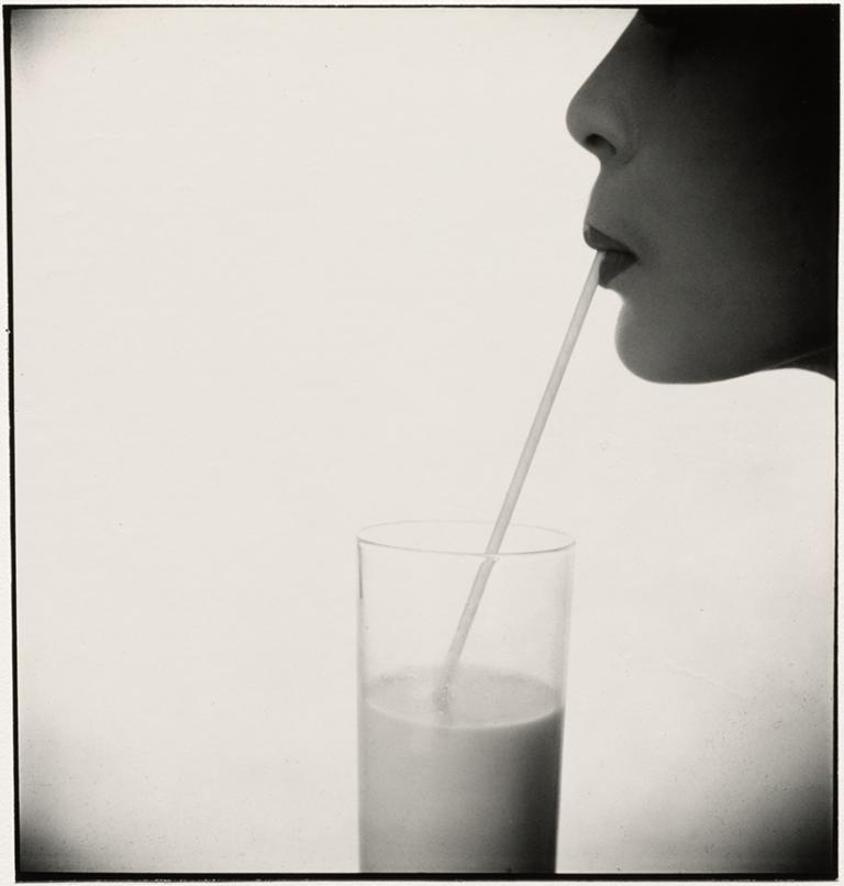 Irving Penn - Girl With Milk (Jean Patchett) (A), 1983