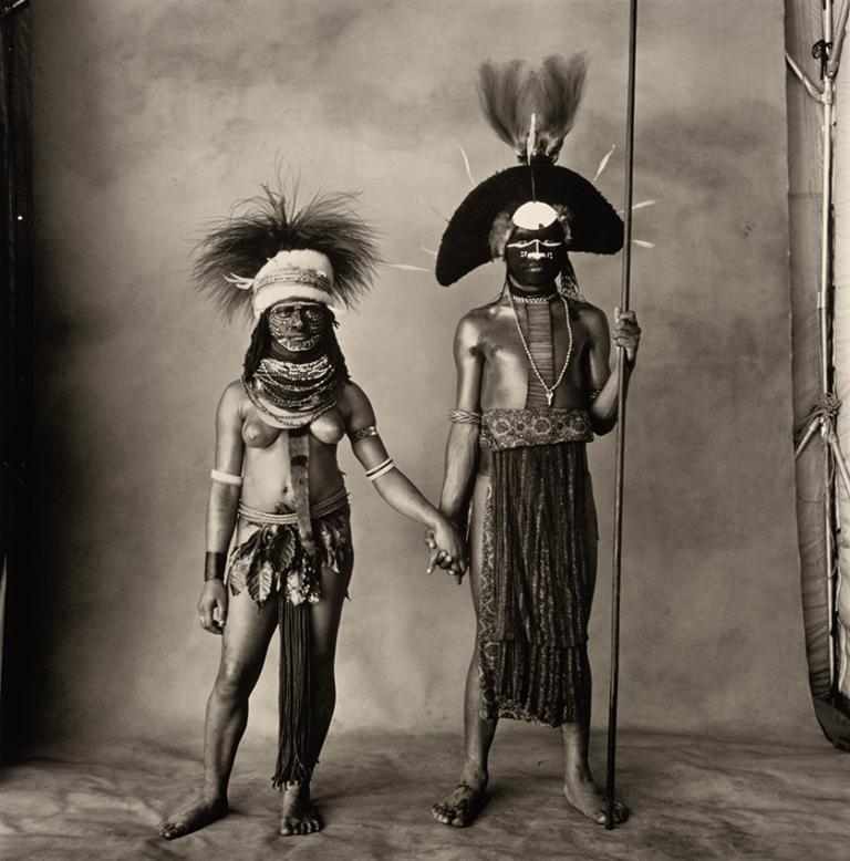 Irving Penn - Young Enga Couple, 1983